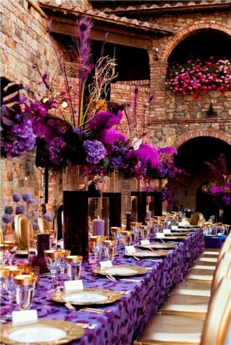 dreamy tablescapes  purple sortrachen