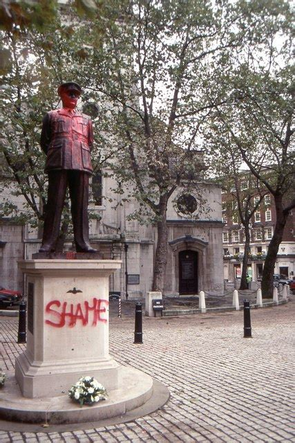 bomber harris monument   christopher hilton cc