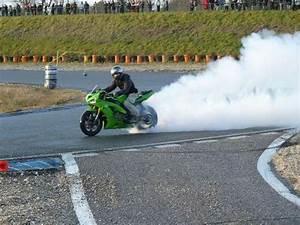 Circuit De Merignac : un motard basque se tue sur le circuit de m rignac 33 ~ Medecine-chirurgie-esthetiques.com Avis de Voitures