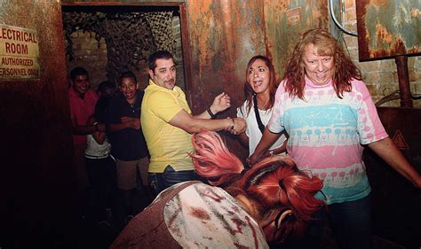 13 floor haunted house san antonio 2015 faces of fear from san antonio s 13th floor haunted house