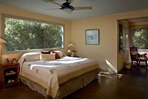 Petite chambre adulte avec grande fenetre 27idees sympas for Décoration chambre adulte avec fenetre et store