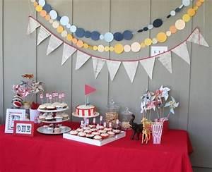 Décoration D Anniversaire : d coration anniversaire adulte id es sur le buffet et le ~ Dode.kayakingforconservation.com Idées de Décoration