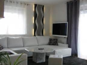 wohnzimmer in weiss grau wohnzimmer 39 wohnzimmer in grau weiß grün 39 mein domizil mit neuen farben zimmerschau