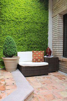 los muros verdes artificiales proporcionan una estetica