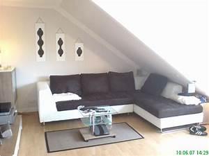 Wohnzimmer Mit Schräge : sch n wohnzimmer mit dachschr ge einzigartig home ideen ~ Lizthompson.info Haus und Dekorationen