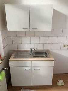 Hängeschrank Ikea Küche : k chensp le mit schrank my blog ~ Markanthonyermac.com Haus und Dekorationen
