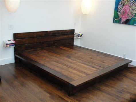 Furniture. Flat Queen Size Reclaimed Wood Platform Bed