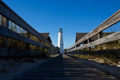 george island lighthouse florida bend islands things history