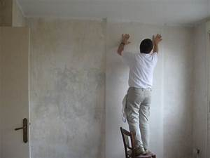 papier peint encolle ou preencolle une pose facilite With poser du papier a peindre