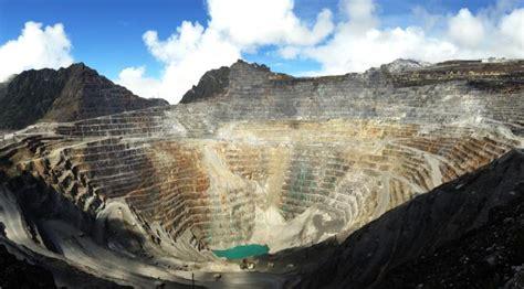 tambang emas freeport  papua terbesar  dunia