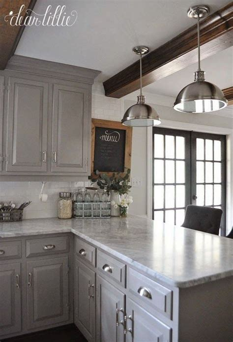 Small Kitchen Color Ideas Pictures by Best 25 Light Grey Kitchens Ideas On Grey