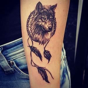 Loup Tatouage Signification : tatouage loup et t te de loup mod les et signification en images ~ Dallasstarsshop.com Idées de Décoration