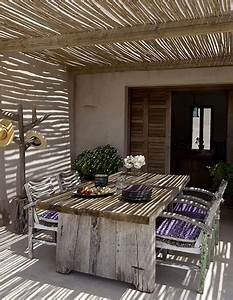 Gros Bambou Deco : 6 id es de pergola terrasse et voile d 39 ombrage d co cool ~ Teatrodelosmanantiales.com Idées de Décoration