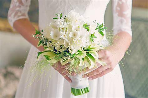 bouquet sposa fiori d arancio il bouquet di fiori d arancio portafortuna delle spose