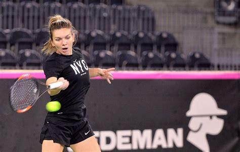 FOTO Noua Şarapova! Simona Halep joacă diseară contra uneia dintre cele mai atrăgătoare jucătoare din WTA | adevarul.ro