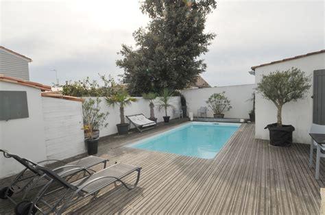 location de vacances le bois plage en re villa avec