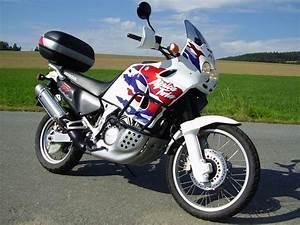Honda Africa Twin 750 : moto trade honda xrv 750 africa twin ~ Voncanada.com Idées de Décoration