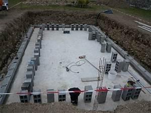 construire une piscine la methode traditionnelle With faire sa piscine en parpaing