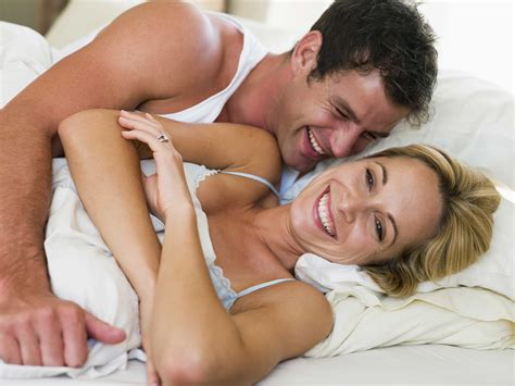 couples in bed parenthub parenthub is a free resource for