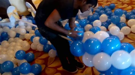 balloon arch  balloon decoration  party