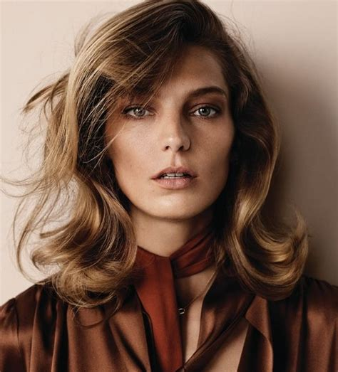70s Feathered Hairstyles by 35 Glamorous 70s Feathered Hair Style Looks