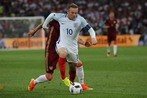 rooney wayne groin soccer injury the18 players epp iacobucci shutterstock injuries manchester united marco recovering suffered easier he player soccertoday