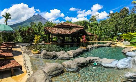 stay  hotel mountain paradise  arenal volcano costa