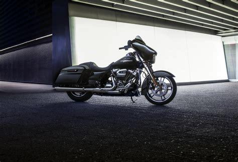Harley Davidson Sport Glide Backgrounds by 2017 Harley Davidson Glide Hd Wallpaper