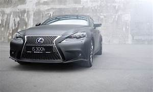Lexus Is 300h F Sport : lexus is 300h f sport in matt black wrap lexus ~ Gottalentnigeria.com Avis de Voitures