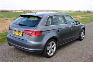 Audi A 3 Sport : audi a3 sportback 1 4 tfsi sport 5d road test parkers ~ Gottalentnigeria.com Avis de Voitures
