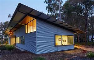 Bush House: A Contemporary Home with Corrugated Steel