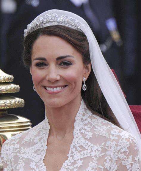 Galería de imágenes   Foto 6   El vestido de novia de Kate