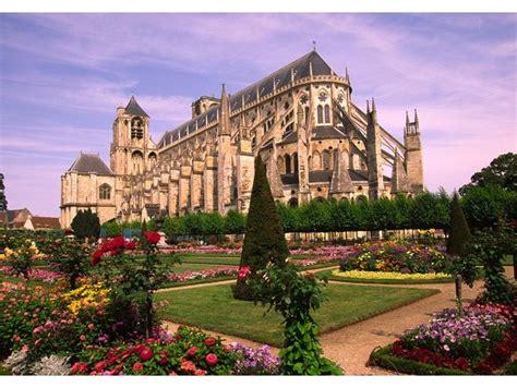 canap bourges la cathédrale étienne bourges pinpoint