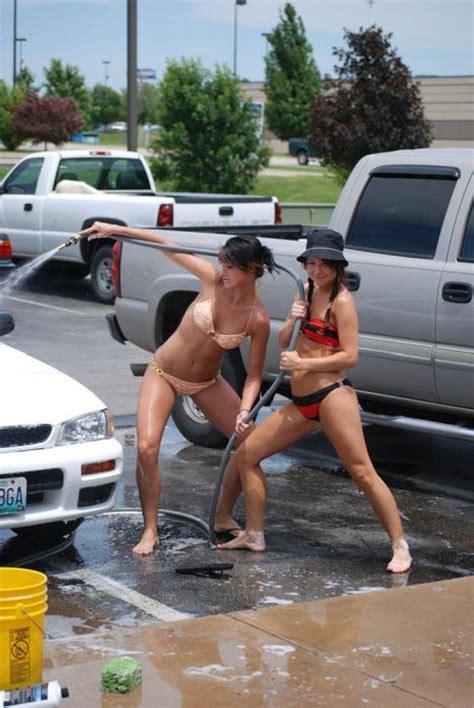 amateur bikini car wash barnorama