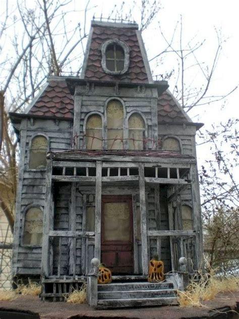 bates mansion  psycho  haunted construction  haunted hollywood collection creepy