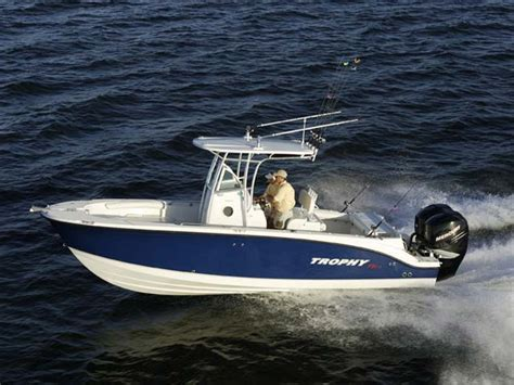 Center Console Boats For Sale Uae by Trophy Trophy Center Consoles Trophy 2503 Center Console