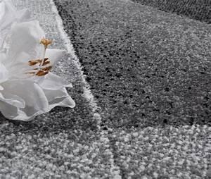 Teppich Muster Schwarz Weiß : teppich geometrische muster design teppiche ~ Bigdaddyawards.com Haus und Dekorationen