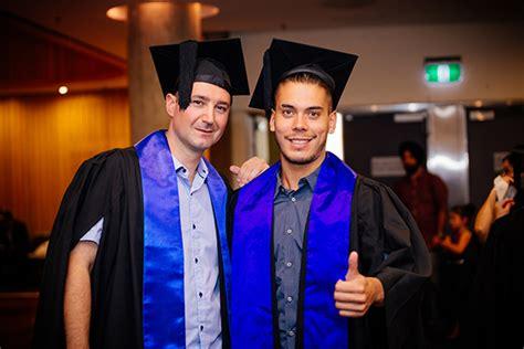 graduation ceremony kent institute australia