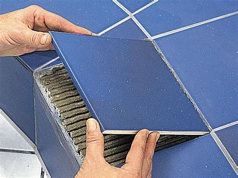 sostituire una piastrella sostituire piastrelle casa fai da te come sostituire