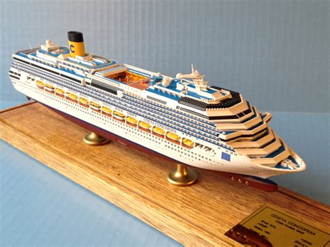 COSTA CONCORDIA-class Display Series Cruise Ship Models ...