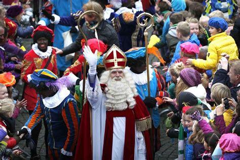 Nikolaus In Den Niederlanden by Nikolaus In Den Niederlanden So Verr 252 Ckt Ist Sinterklaas