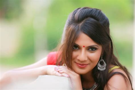 Geetika Bollywood Actress Model Girl Beautiful