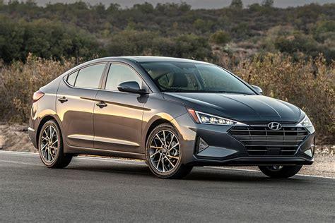 2020 Hyundai Elantra Review - Autotrader