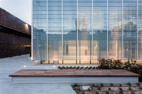 global exterior structural glazing market  agc glass
