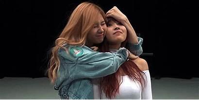 Idols Times Each Cuddled Adorably Twice Soompi