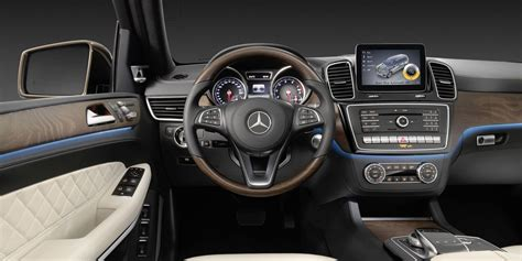 mercedes gls review redesign  price