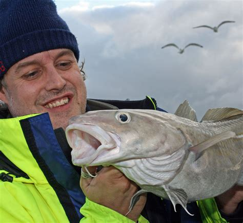 Bass Fishing Boats Uk by Boat Fishing In The Uk A Guide Boats