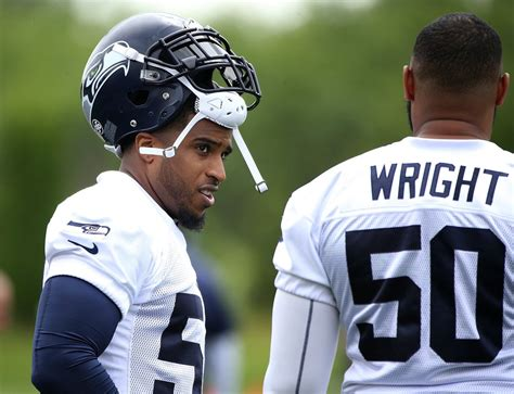 projecting  seahawks  man roster    closer