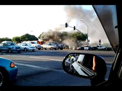 A burning buss in front of the yuba sutter mall - YouTube