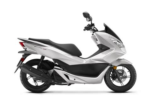 Honda Pcx Electric Hd Photo by 2018 Honda Pcx150 Scooter Ride Review Specs Mpg